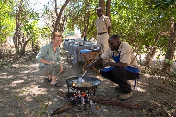 Walking safari hot lunch with Robin Pope Safaris, Zambia