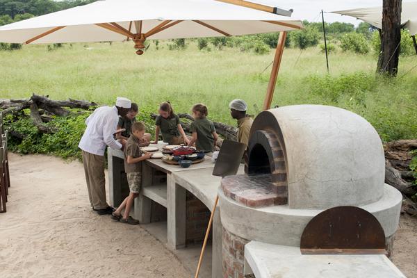 Making pizza at Somalisa Acacia