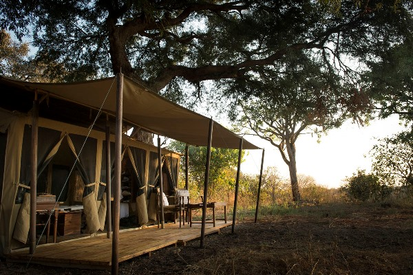Classic tented accommodation at Chada Katavi