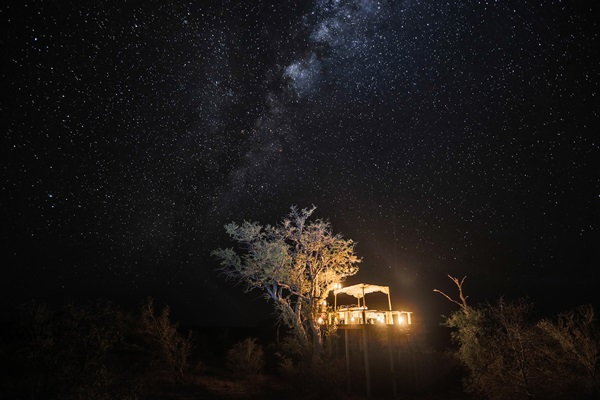 Starry starry night at Tanda Tula star bed