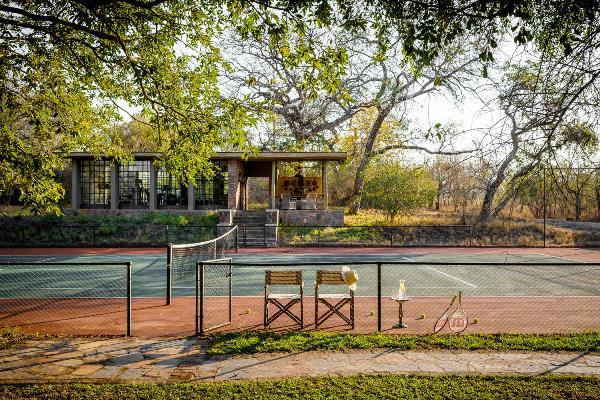 Tennis court at Singita Castleton